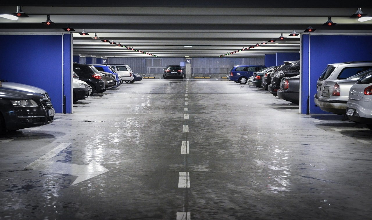 Parking souterrain aéroport gardiennage